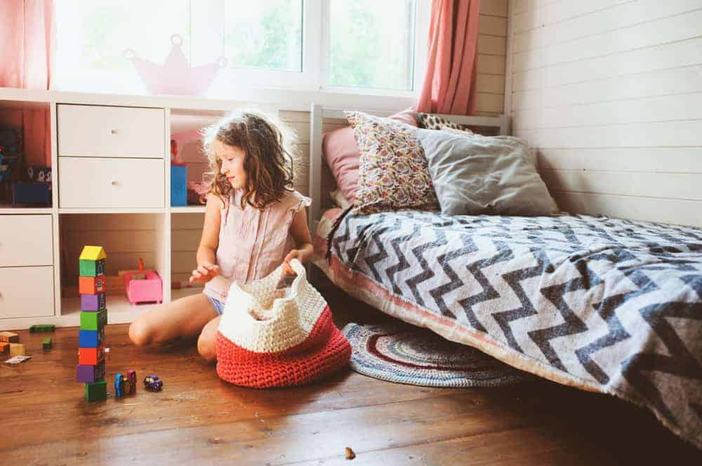 4 tips kinderen leren kamer opruimen, inclusief opruimliedjes om het leuk te maken- Mamaliefde.nl