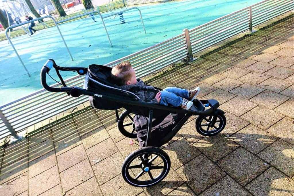 Review: Thule Urban Glide 2 - Mamaliefde.nl