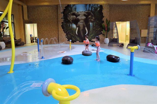 Beekse Bergen Zwembad.Safari Resort Beekse Bergen Review Weekendje Overnachten Tussen De
