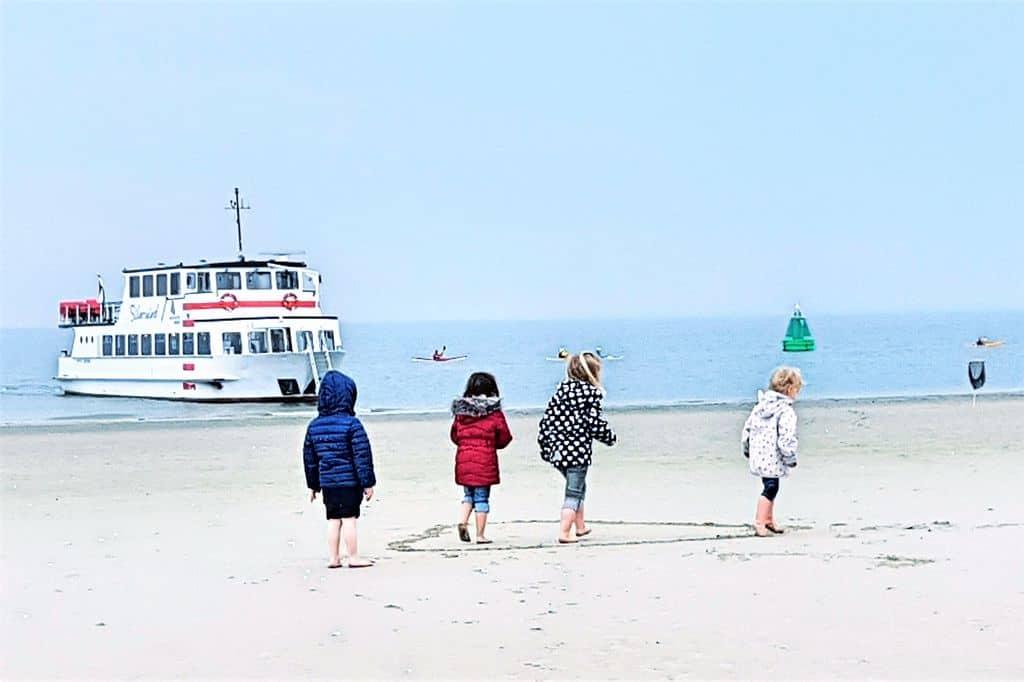 Wadlopen met kinderen op de Engelsmanplaat - Mamaliefde.nl