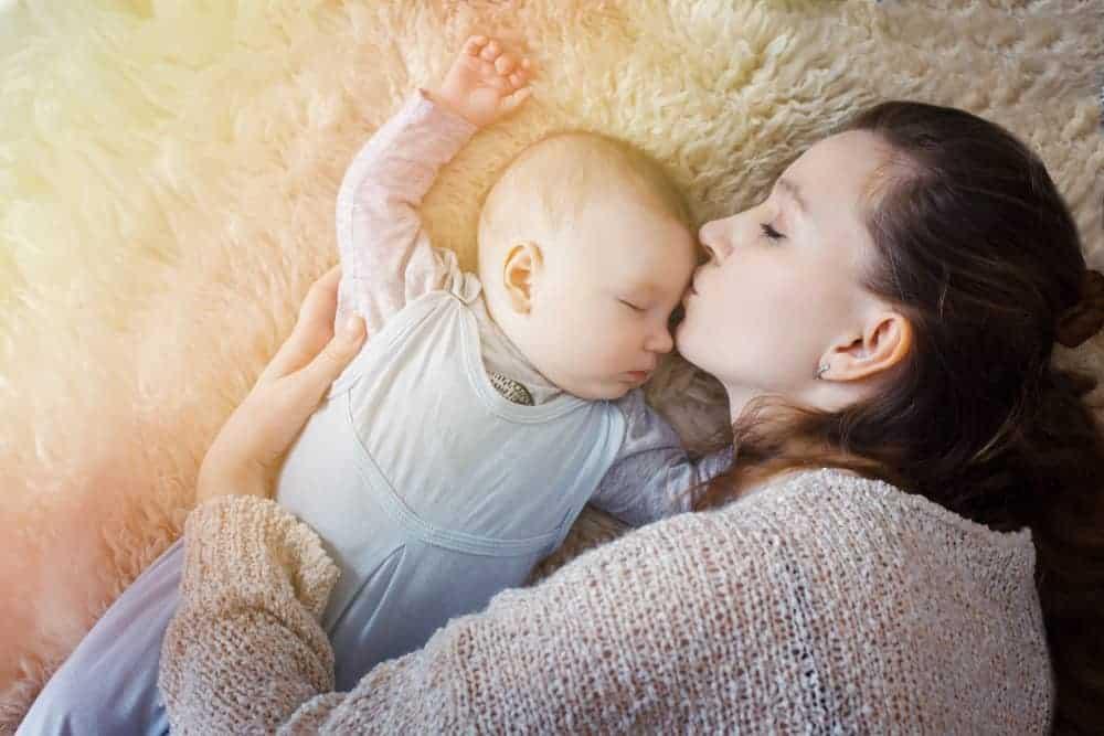 Slaapliedjes baby, peuter en kind; incl. tekst, rustige muziek zoals Casper en Emma - Mamaliefde.nl