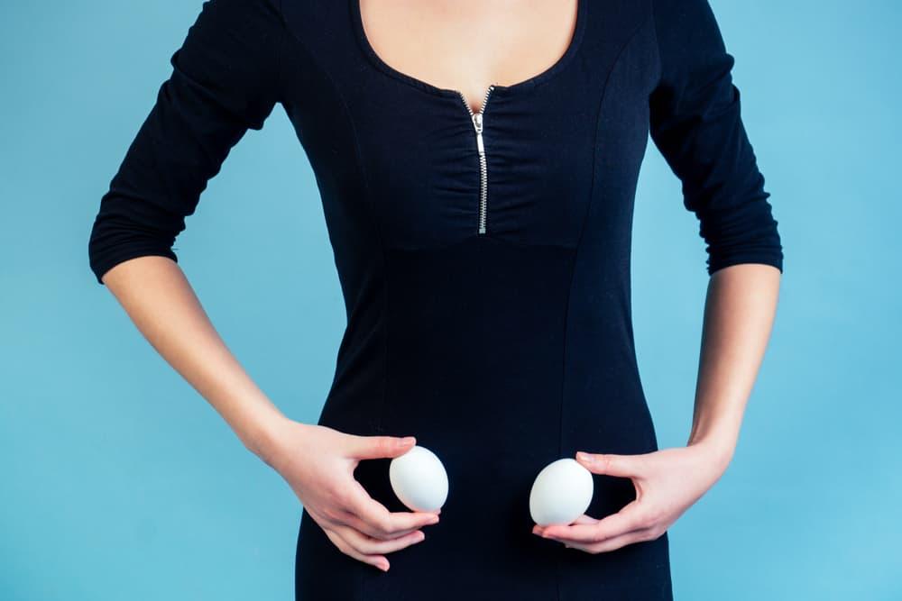 Ovulatietest; wanneer eisprong testen, hoe werkt het, online testen en wanneer vruchtbaar? Welke periode zijn de vruchtbare dagen, wanneer is de eisprong, kan je deze voelen of wat zijn symptomen zoals ovulatiepijn. Kan je de ovulatie berekenen en wat zijn de beste testen? - Mamaliefde.nl