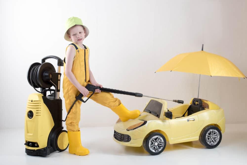 Beste elektrische auto kind; 2 of 4 persoons accu of afstandsbediening? Handige tips om bij stil te staan. Inclusief overzicht van mercedes, bmw en andere merken - Mamaliefde.nl