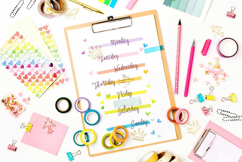 Planbord gezin maken; van weekplanner / dagplanning / schema met pictogrammen - Mamaliefde.nl