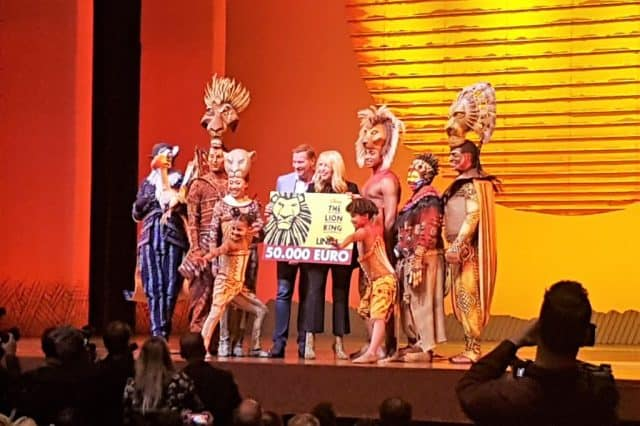 Kostuums Lion King.The Lion King Musical In Afas Circustheater Scheveningen Met
