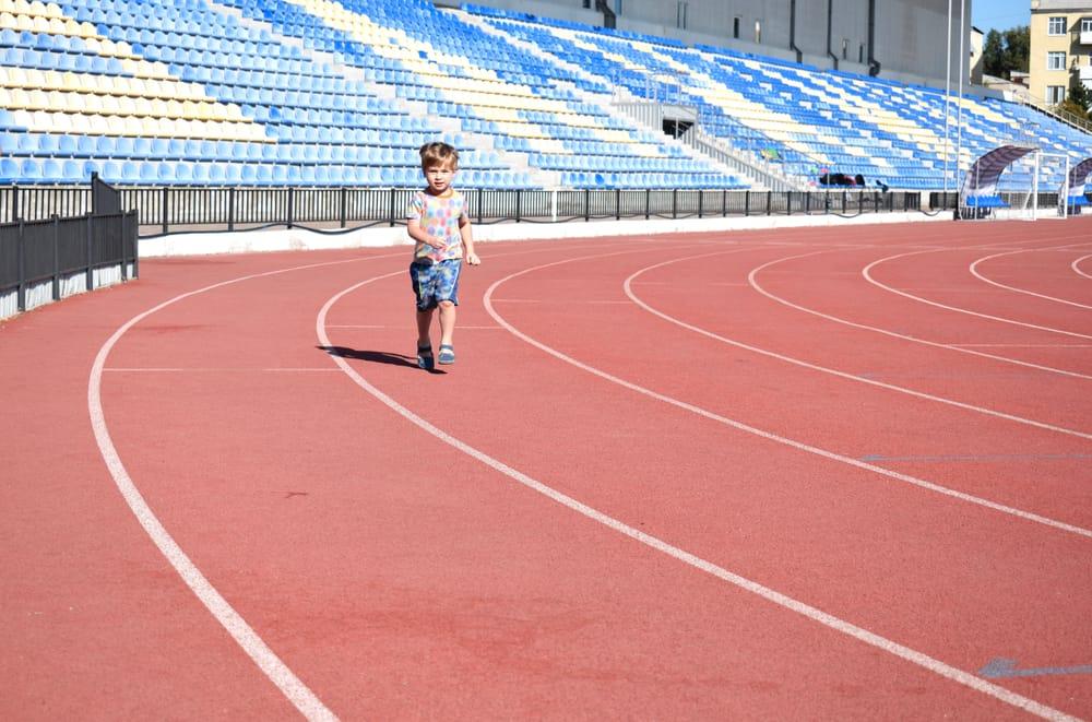 Atletiek; Sport voor kinderen van training tot kleding - Mamaliefde.nl