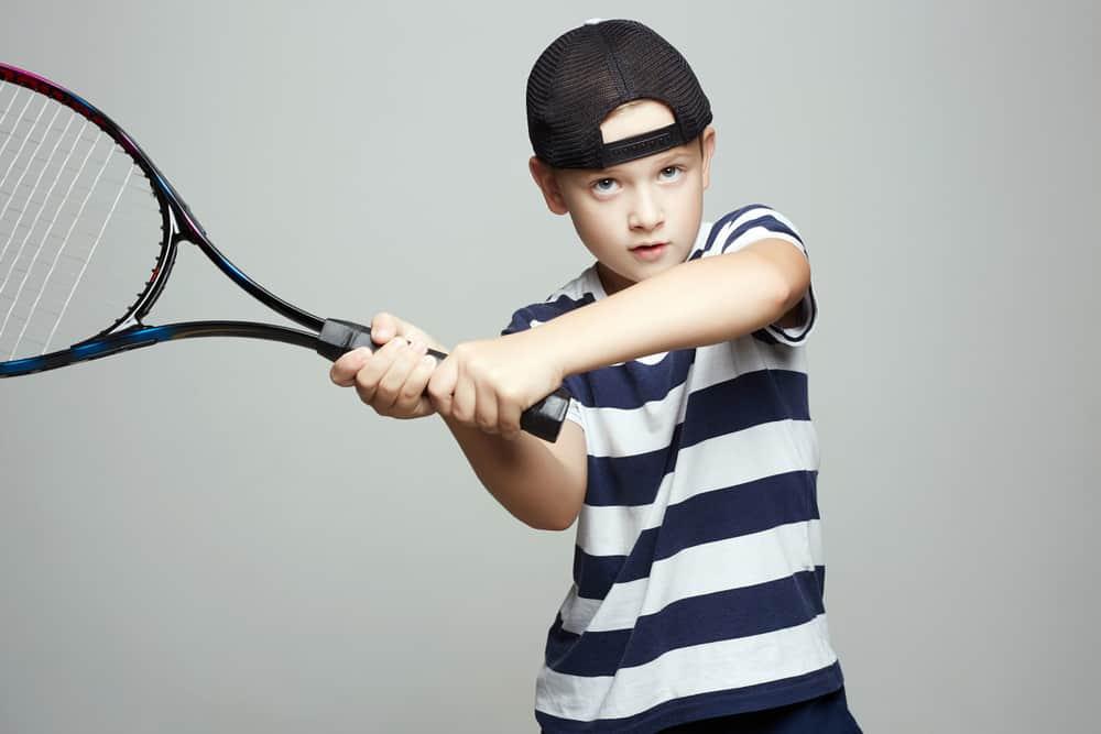 Kinderen tennis Nederland; ervaringen, kosten en wat heb je nodig - mamaliefde.nl
