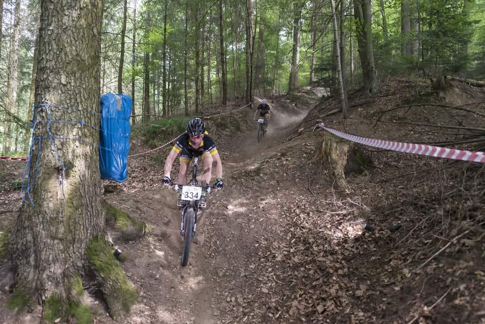 Mountainbike voor kinderen; Van training bij club tot kosten - Mamaliefde.nl