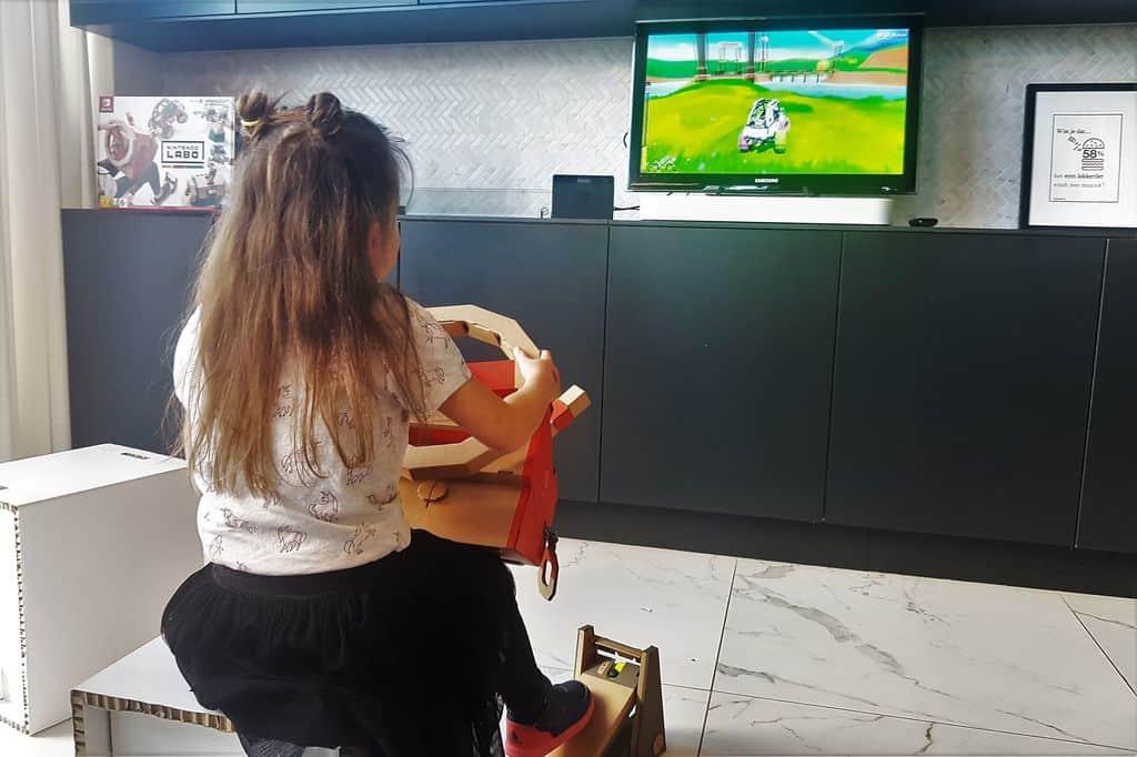 Nintendo Labo review; Voertuigen set, de robot en mixpakket voor nintendo switch. Is dit de moeite waard om te kopen? - Mamaliefde.nl