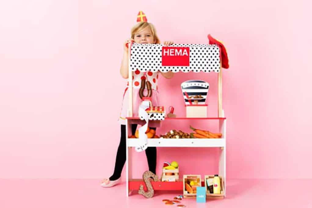 Houten Garage Hema : Hema speelgoed; nieuwe collectie met als topper houten hema winkel