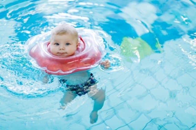 Veilig Zwemmen Met Zwemband Baby Babyfloat Swimtrainer Of