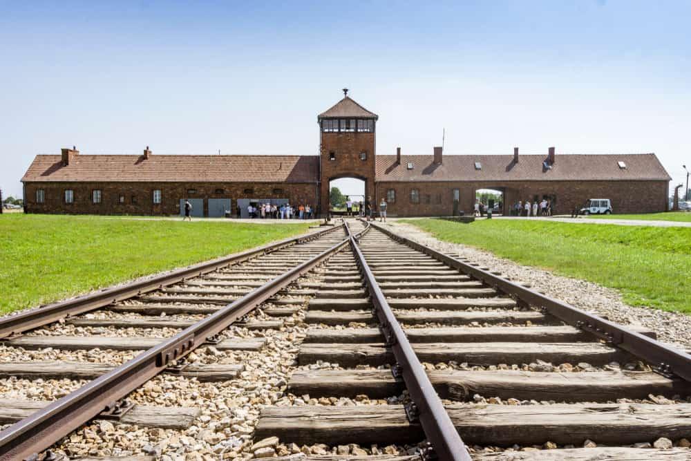 Concentratiekamp Auschwitz en Birkenau in Oświęcim Polen bezoeken - Mamaliefde.nl