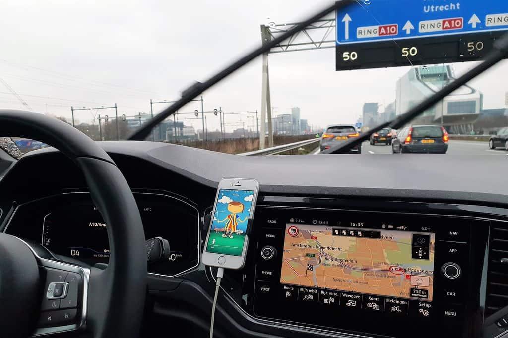 Snelweg Sprookjes app van Volkswagen vol interactieve verhalen voor in de auto - Mamaliefde.nl