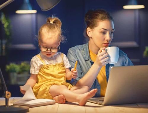 Werk met kinderen combineren: 8 handige tips voor werkende moeders