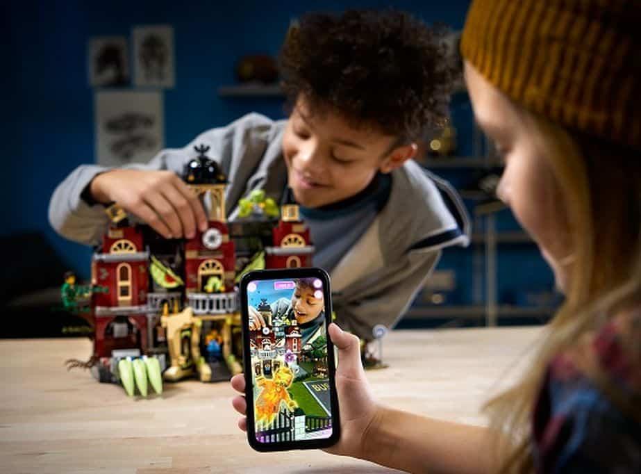 LEGO Hidden Side; Bouwen en augmented reality in 1! Review Hidden Side Newbury school. Genomineerd Speelgoed van het jaar. - Mamaliefde.nl
