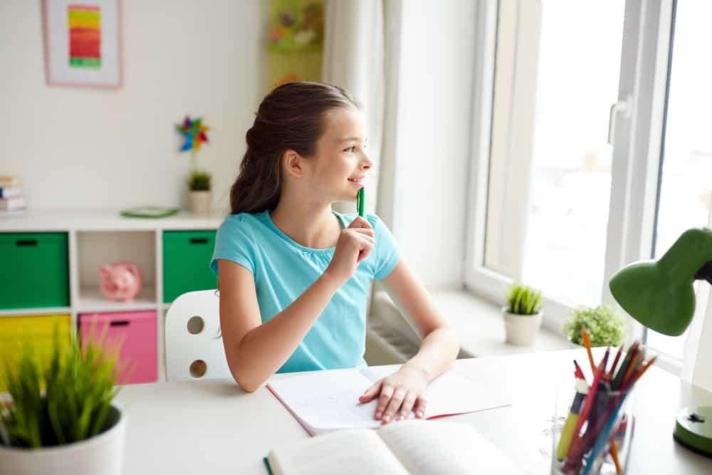 Wat kan ik doen als mijn kind weigert en geen huiswerk wil maken? - Mamaliefde.nl