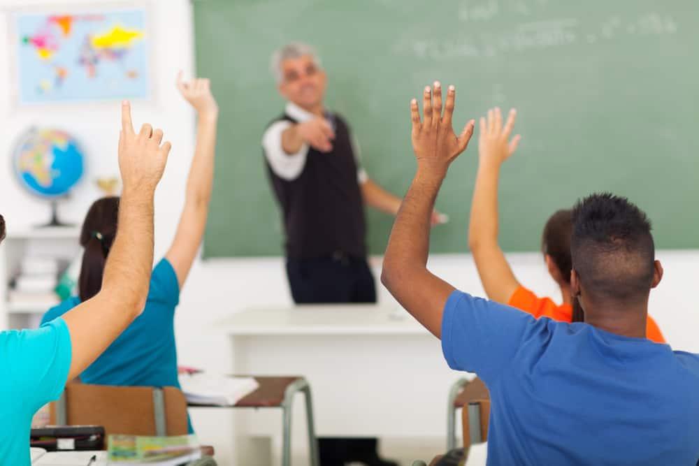 Middelbare school kiezen; welke niveaus en open dagen bezoeken - Mamaliefde.nl