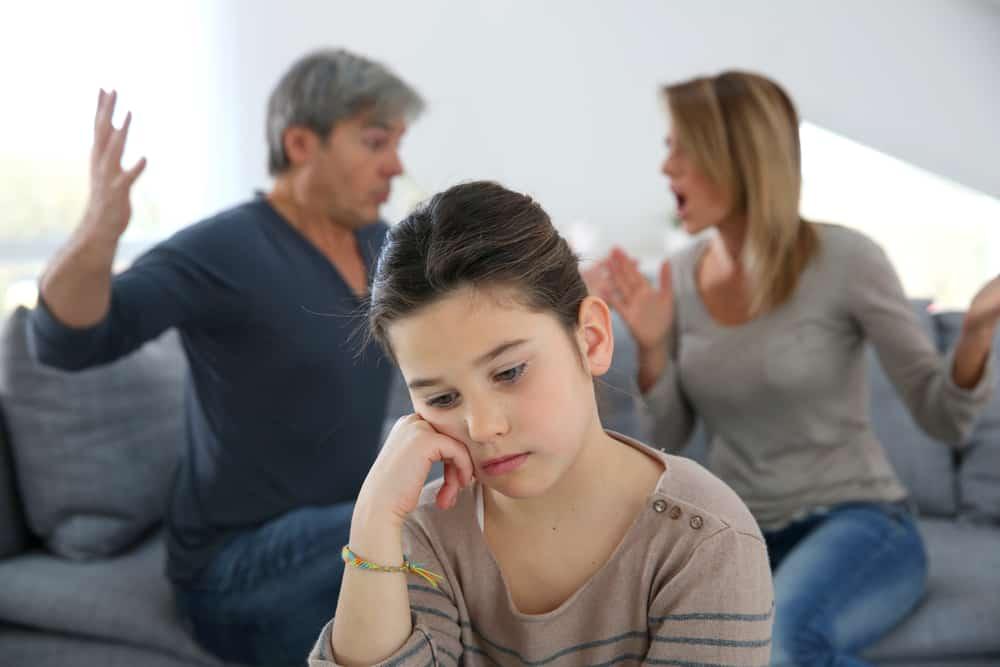 Scheiden tijdens de puberteit; gevolgen relatie en problemen gedrag - Mamaliefde.nl