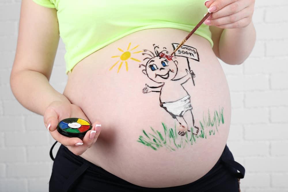 Belly Paint zwangere buik schilderen met verf - Mamaliefde.nl