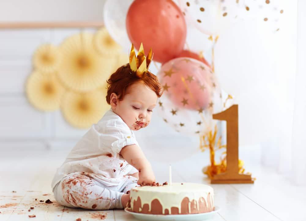 Eerste verjaardag baby; van uitnodiging tot versiering - Mmaaliefde.nl