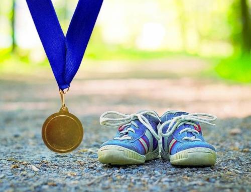 Avondvierdaagse wandelen met kinderen; van medaille tot tips hoe vol te houden