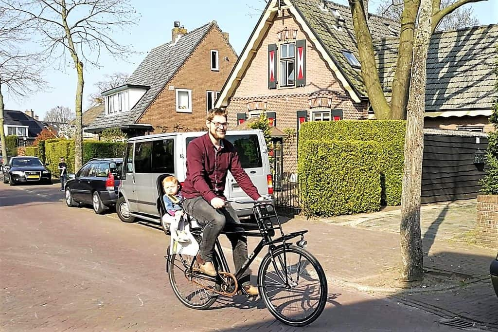 Review Qibbel Air fietsstoel; Winnaar Baby Innovation Award - Mamaliefde.nl