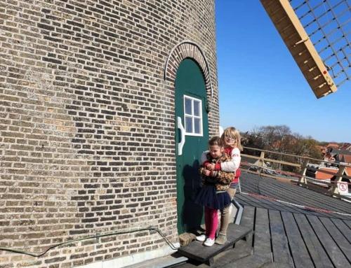 Molenmaatjes; met kinderen een bezoek brengen aan de molen en molenkoekjes bakken