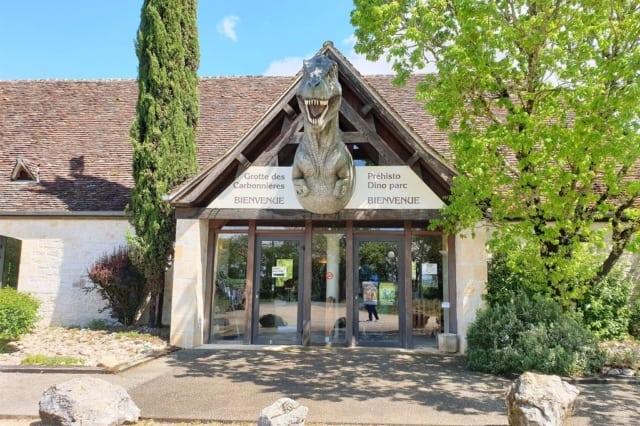 Prehisto Dino Parc, De grotten van Lascaux bezoeken en andere prehistorische bezienswaardigheden in de Dordogne - Mamaliefde.nl