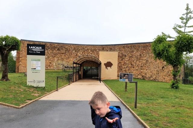 Parc Thot, de grotten van Lascaux bezoeken en andere prehistorische bezienswaardigheden in de Dordogne - mamaliefde.nl
