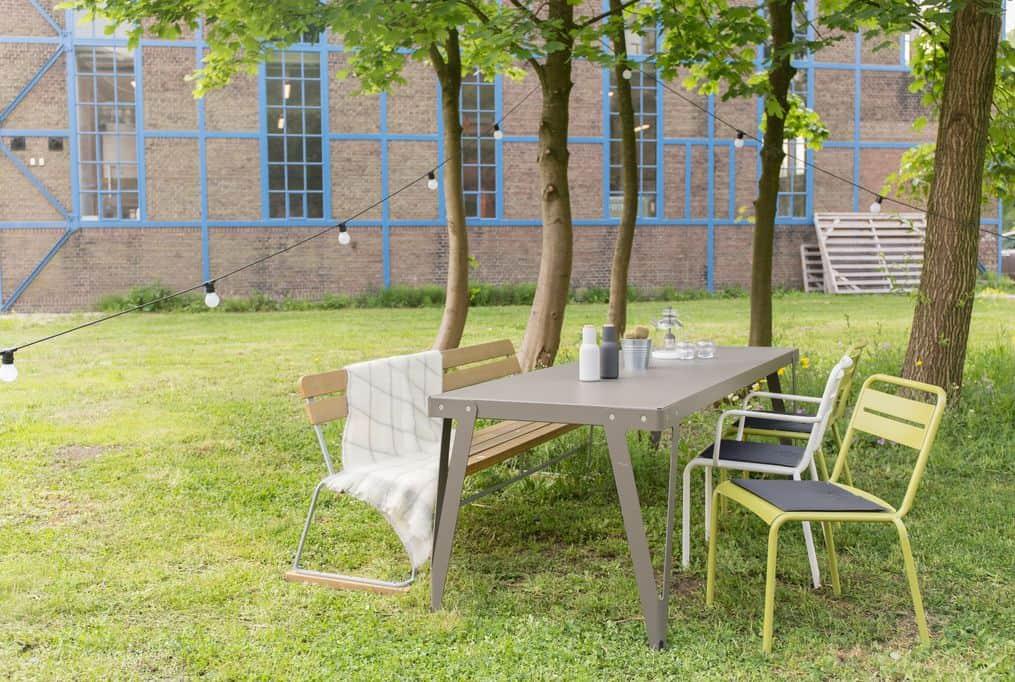 Design tuinmeubelen; van tuinstoel voor kind tot loungeset- Mamaliefde.nl
