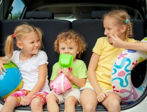 Reisspellen voor kinderen voor onderweg in de auto of vliegtuig
