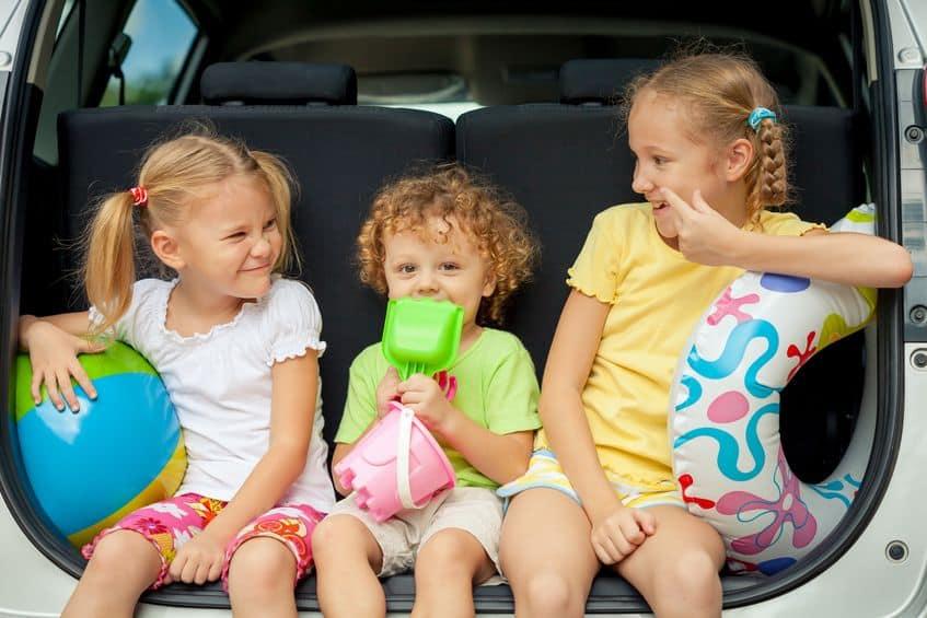 Reisspellen voor kinderen; minispellen in klein formaat om mee te nemen op vakantie of voor in de auto - Mamaliefde.nl