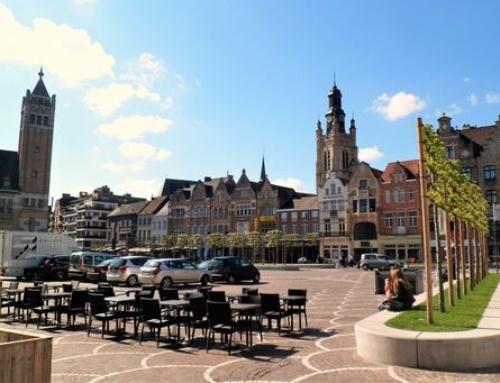 Roeselare; van stadhuis tot kasteel van Rumbeke
