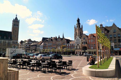 Roeselare; Van stadhuis tot kasteel van Rumbeke - Mamaliefde.nl