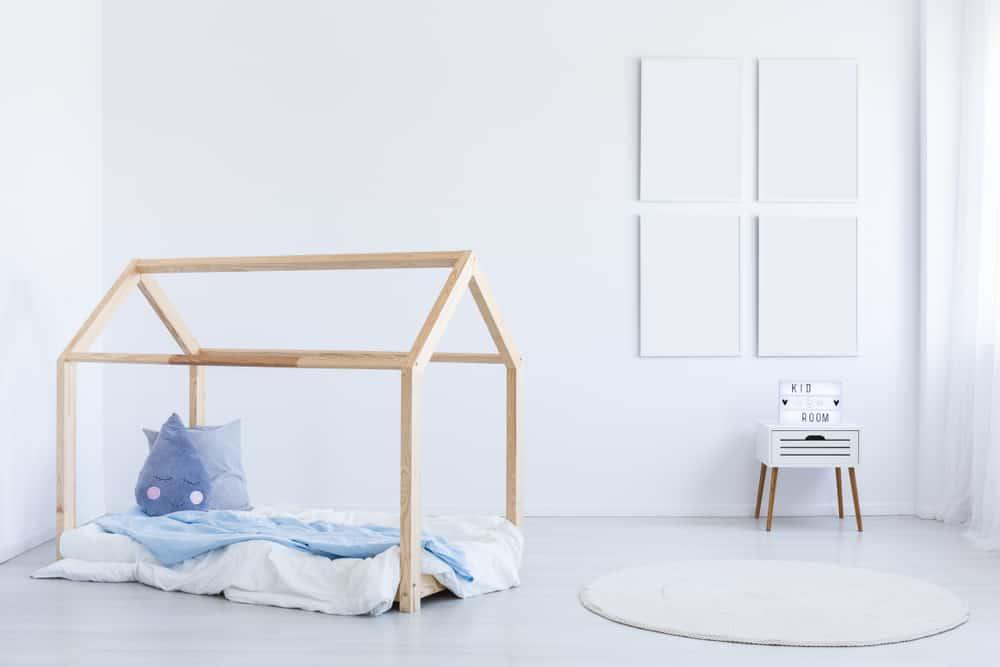 Verbazingwekkend DIY: Zelf een houten bedhuisje / speelhuisje maken - Mamaliefde.nl HV-52