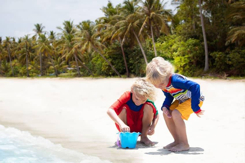 UV werende kleding voor baby en kind; van shirt tot zwemkleding - Mamaliefde.nl