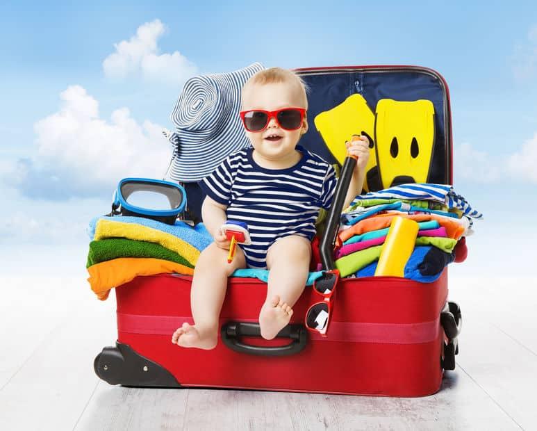 Vakantie met baby; handige tips of je nu kiest voor vakantie in Nederland, autovakantie of weekendje weg. - Mamaliefde.nl