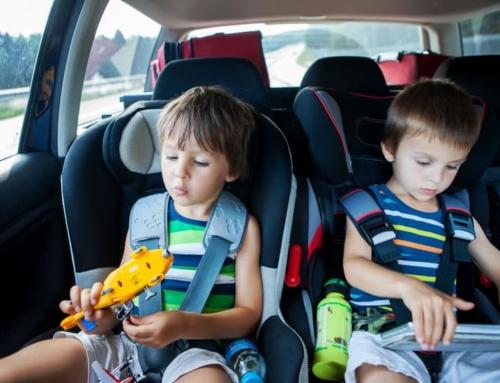 De leukste reisspellen voor onderweg in de auto