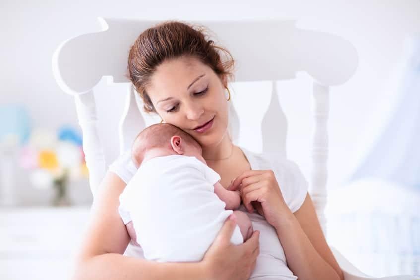 Moedermelk sieraden; borstvoeding armband, ketting of ring als herinnering voor moeder - Mamaliefde.nl