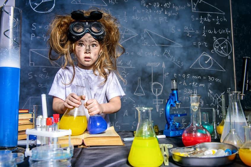 20x proefjes en experimenten met kinderen; leuke scheikundige en natuurkundige proefjes ook voor peuters en kleuters - Mamaliefde.nl
