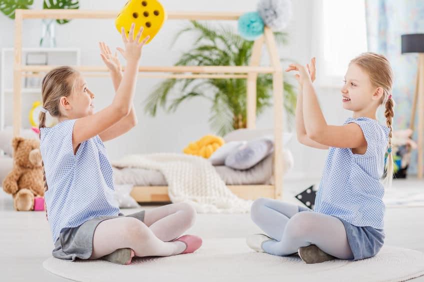 De leukste dobbelsteen spelletjes en spelen met kinderen - Mamaliefde.nl