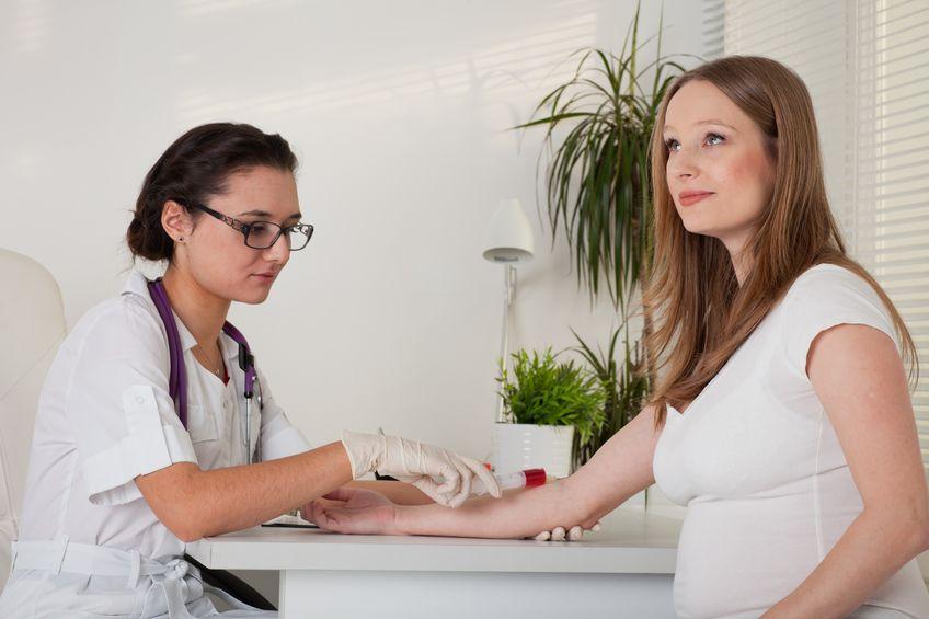 De Orale Glucose Tolerantie Test (OGTT) tijdens zwangerschap vanwege risico op zwangerschapssuiker. - Mamaliefde.nl