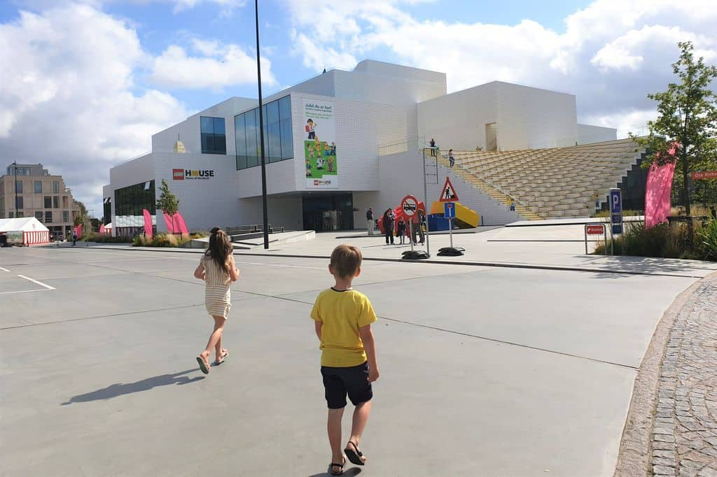 Review Lego House Billund; ervaringen met kinderen in het Home of the Bricks & the worlds best playdate- Mamaliefde.nl