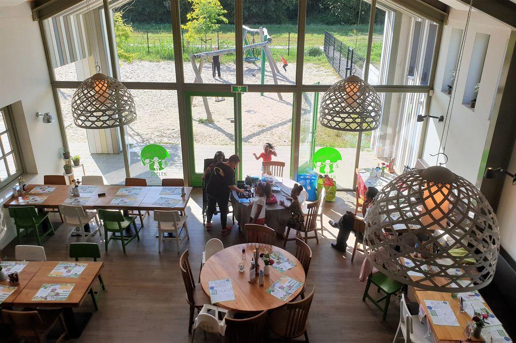 Smullen & Spelen pannenkoekenrestaurant met speeltuin Almere - Mamaliefde.nl