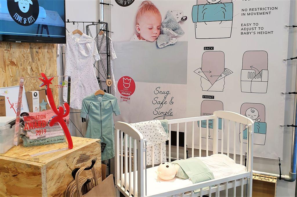 Baby inbakeren met Nunki lakentje van Fedde & Kees Winnaar Kind+Jugend Innovation Award in Keulen - Mamaliefde.nl