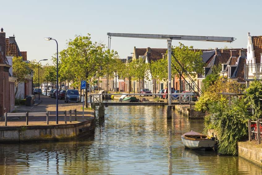 Franeker Friesland; wat te doen? Uitjes, bezienswaardigheden en tips in de omgeving - Mamaliefde.nl