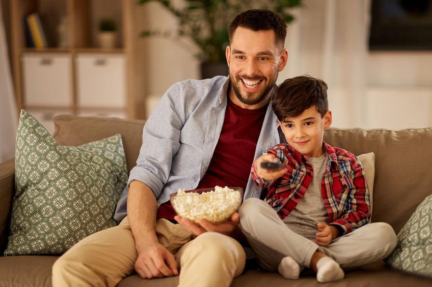 Netflix, Videoland, AmazonPrime of Disney+; wat is het de meest interessante streamingsdienst met kinderen? - Mamaliefde.nl
