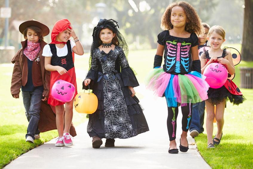 Halloween kostuums voor kinderen en volwassenen (dames & heren) zelf maken of kopen - Mamaliefde.nl