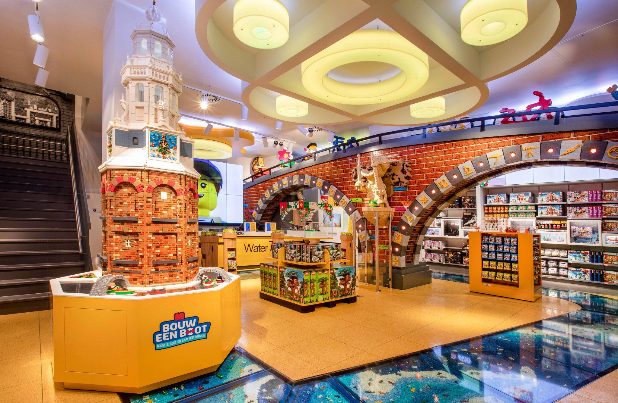 LEGO flagship store Amsterdam; Wat is er te doen en opening winkel - Mamaliefde.nl