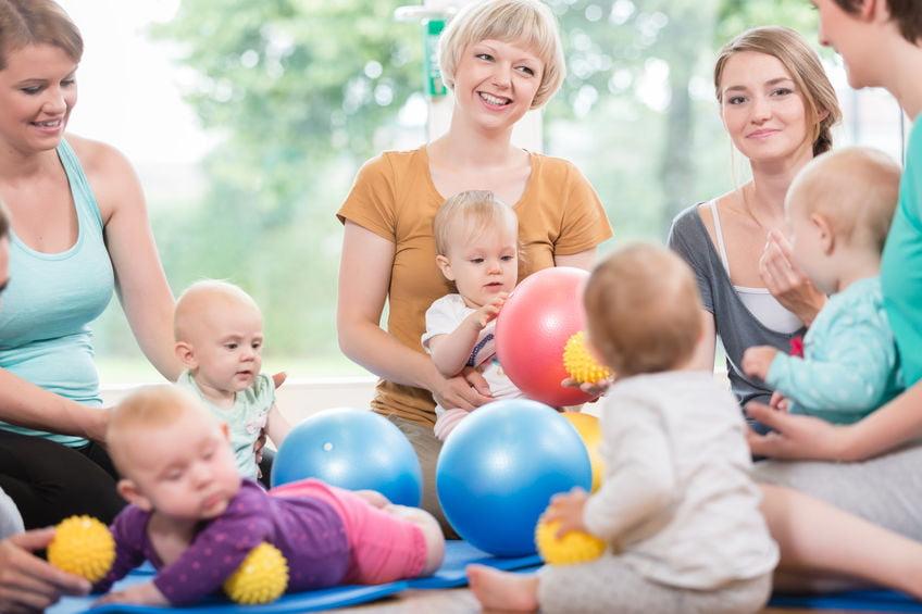 Mama cafe; ontmoetingsplek en uitje voor moeders met kind - Mamaliefde.nl